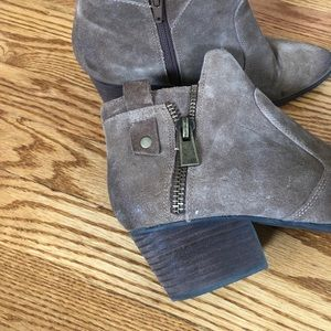 Crown Vintage Shoes - Crown Vintage Brown Suede ankle boots size 8.5